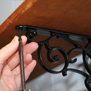 How to Hang a Versatile Shelf Bracket