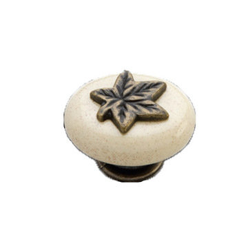 Hickory Hardware Country Casual Leaf Knob
