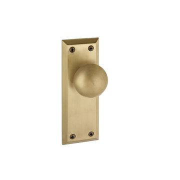 Grandeur Fifth Avenue Single Dummy Fifth Avenue Knob Door Set