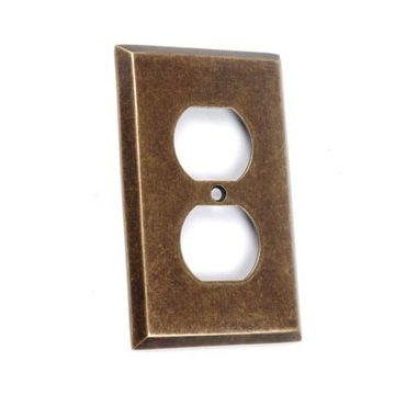 Classic Accents Duplex Outlet Cover