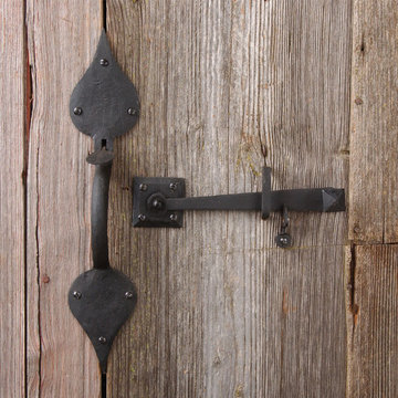 Restorers Gate Latch Set with 14 3/4 Inch Spade Handle