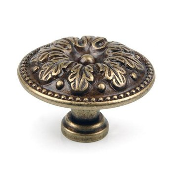 CAST BRASS ORNATE KNOB