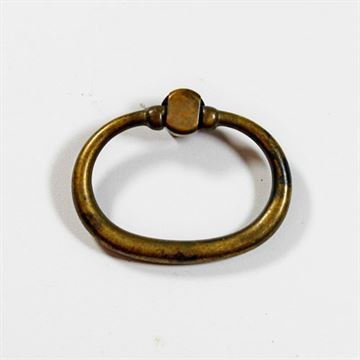 DISTRESSED OVAL RING PULL
