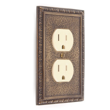 TEXTURED EGG & DART DUPLEX OUTLET COVER