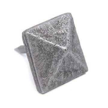 Pyramid Head Clavos - 6 Pack