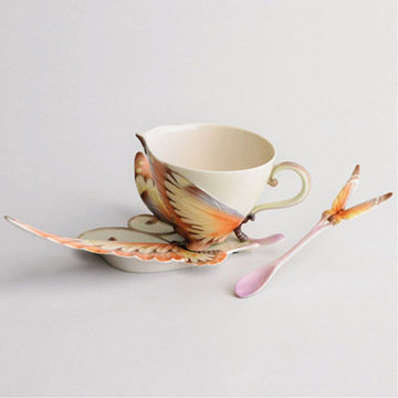 PAPILLON BUTTERFLY PORCELAIN TEA SERVICE