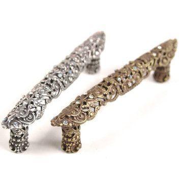 Carpe Diem Juliane Grace Pull with Swarovski Crystals