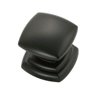 Hickory Hardware Corinth Large Base Square Knob