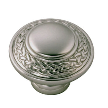 Belwith Keeler Guild Wreath Knob