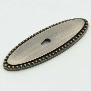 Classic Brass Savannah Collection Oval Knob Backplate