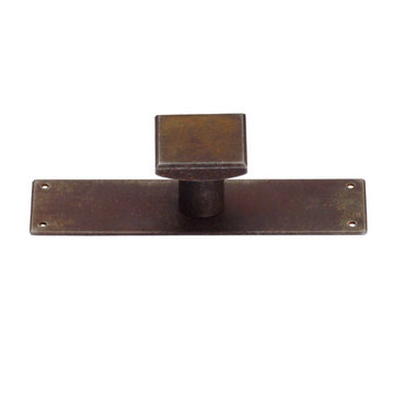 Marella Antique Classic Square Cabinet Knob With Backplate