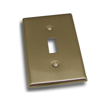 Residential Essentials Single Toggle Switchplate