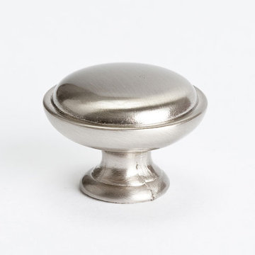 Berenson Advantage Plus 1 Dome Top Cabinet Knob