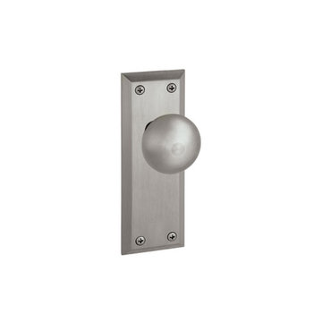 Grandeur Fifth Avenue Passage Interior Door Set With Fifth Avenue Knob