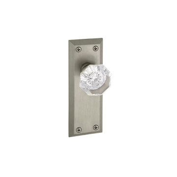 Grandeur Fifth Avenue Privacy Interior Door Set With Crystal Chambord Knob