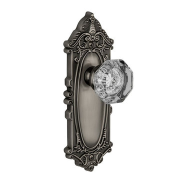 Grandeur Grande Victorian Passage Interior Door Set With Crystal Chambord Knob