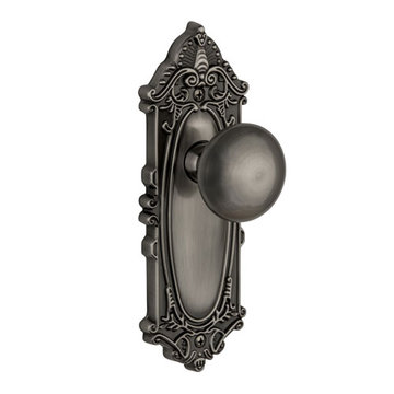 Grandeur Grande Victorian Privacy Interior Door Set With Fifth Avenue Knob