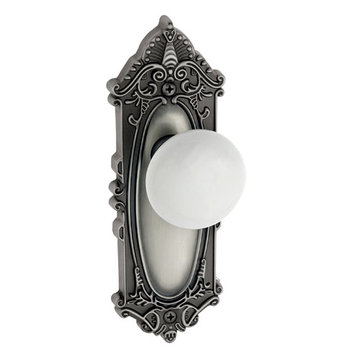 Grandeur Grande Victorian Privacy Interior Door Set With Hyde Park Knob