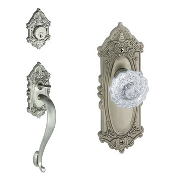 Grandeur Grande Victorian S-Grip Thumblatch To Crystal Fontainebleau Knob Entry Set