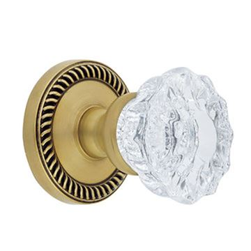Grandeur Newport Privacy Versailles Crystal Knob Door Set