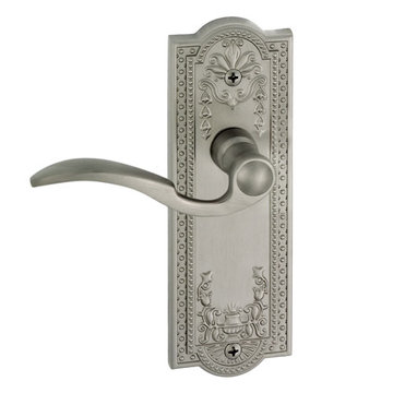 Grandeur Parthenon Privacy Interior Door Set With Bellagio Lever