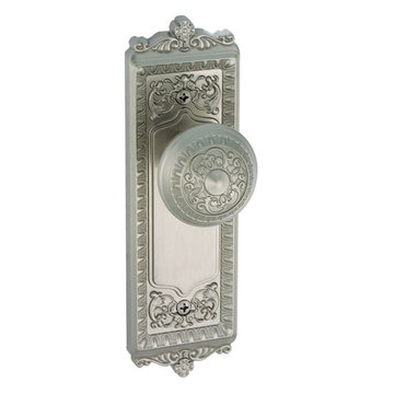 Grandeur Windsor Privacy Interior Door Set With Windsor Knob