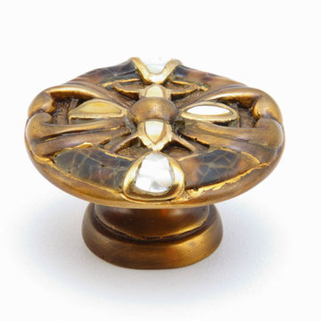 Schaub Symphony Heart Cabinet Knob With Penshell Inlay