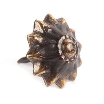 Bronze Renaissance Starburst Tack
