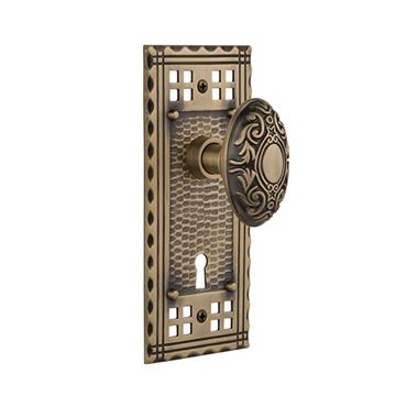 Nostalgic Warehouse Craftsman Keyhole Door Set With Victorian Knobs