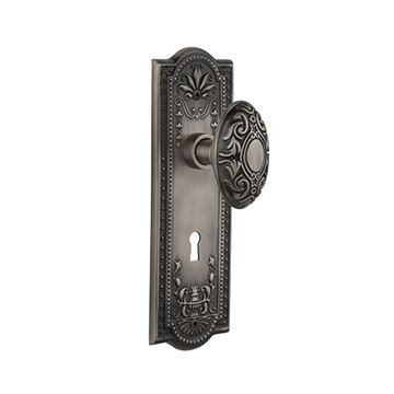 Nostalgic Warehouse Meadows Keyhole Door Set With Victorian Knobs