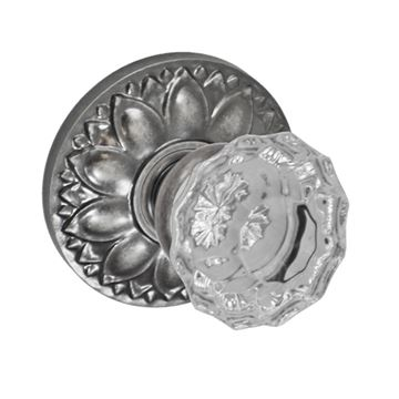 FLORAL 2 3/8 PASSAGE DOOR SET WITH SCALLOP KNOB